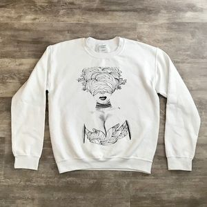 Urban Outfitters Small Graphic White Sweatshirt